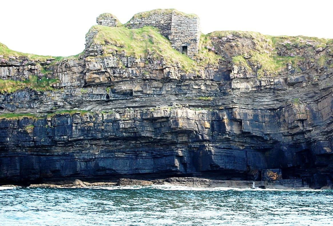 Boat Trip to see the ruins of Kilbarron Castle  from the Sea.